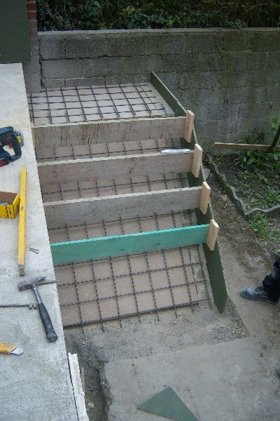 R alisation d 39 un escalier ext rieur en b ton r novation for Renovation beton exterieur
