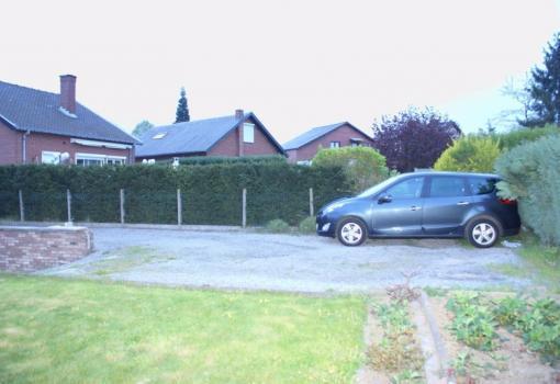 Réalisation d'un terrassement avec pavages et rampe de garage antidérapant suite