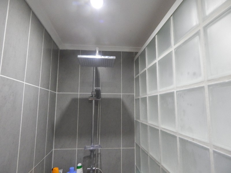 Douche l 39 italienne r novation maison charleroi namur for Transformation salle de bain